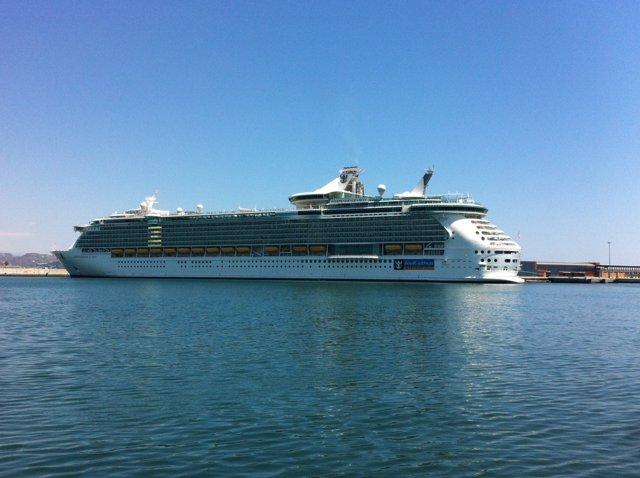 Buque crucero independence of the seas Royal Caribbean Málaga