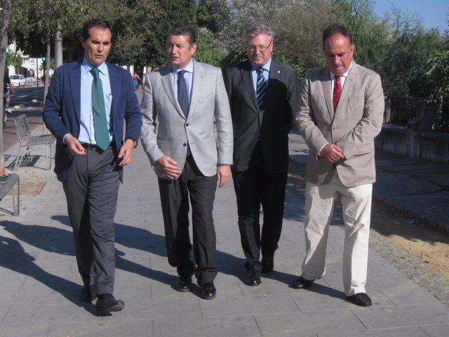 Antonio Sanz con Manuel Romero, Juan José Primo Jurado y José Antonio Nieto