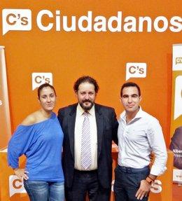 Mamen Moreno y Manuel Repiso con C's Huelva