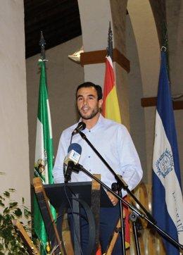 El alcalde Rubén Rodríguez inaugura la semana de la viticultura