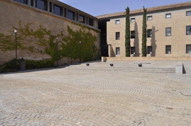 Patio de Armas del Palacio de La Aljafería