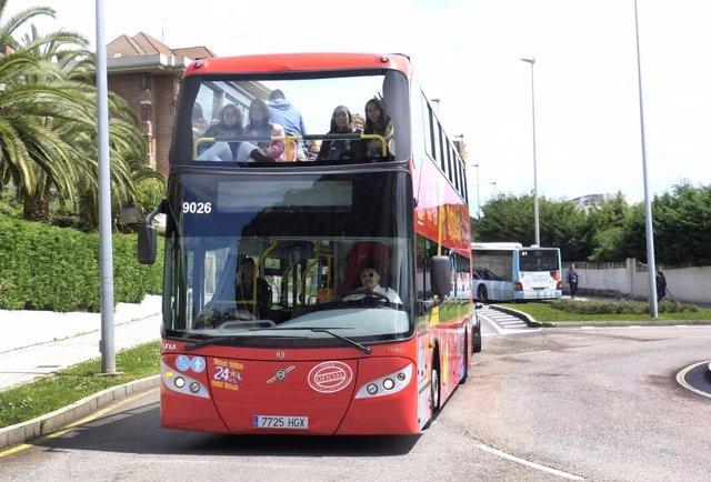 Autobús turístico en Santander