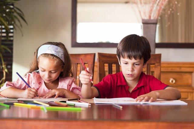 El 80% de los padres preocupados por los deberes de sus hijos