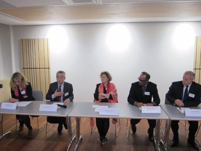 Especialistas reunidos en Bruselas