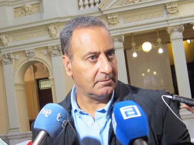 El portavoz del PSOE en la Junta General, Fernando Lastra