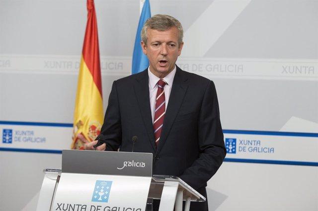 12,00 h.-  O vicepresidente da Xunta e conselleiro de Presidencia, Administració