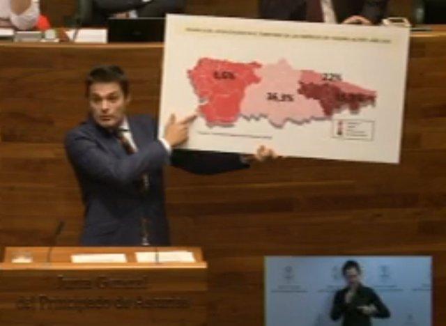 El diputado del PP, Pedro de Rueda, en el Pleno de la Junta.