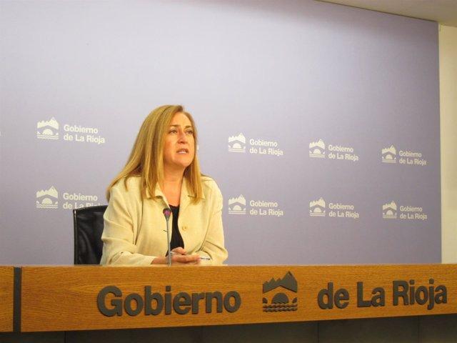 La portavoz del Gobierno riojano, Begoña Martínez, informa del Consejo Gobierno
