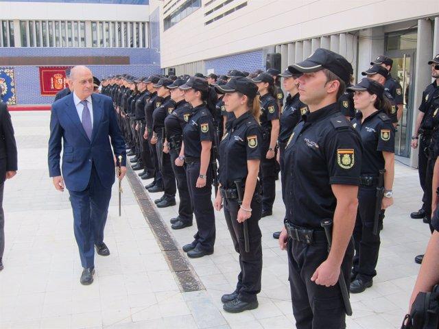 El ministro Jorge Fernández este lunes en Barcelona