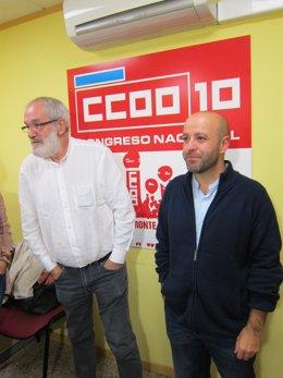 El secretario general de CC.OO., Xosé Manuel Sánchez Aguión, con Luís Villares