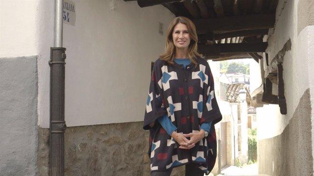 Luce tu pueblo, Ana García-Siñeriz