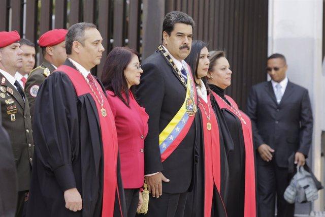 ¿Es Constitucional Que Maduro No Presente El Presupuesto 2017 Ante La Asamblea