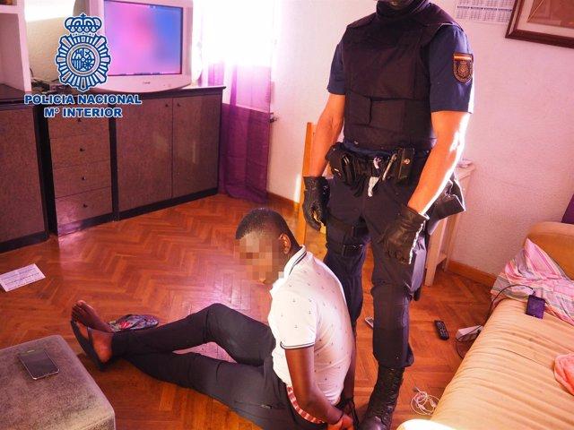 Operación para detener a miembros de una mafia de tráfico de seres humanos