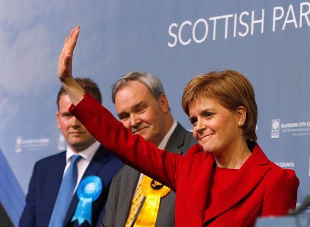 Nicola Sturgeon tras las elecciones al Parlamento escocés