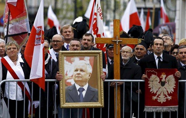 Ceremonia en recuerdo de Lech Kaczynski