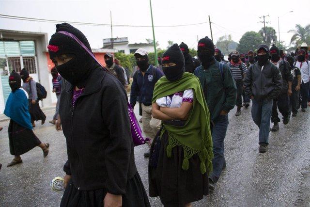 Miembros del EZLN, zapatistas