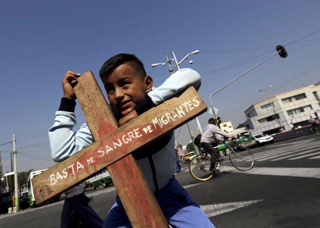 Niño guatemalteco en México