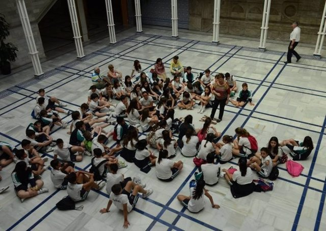 'Conoce La Asamblea Regional'