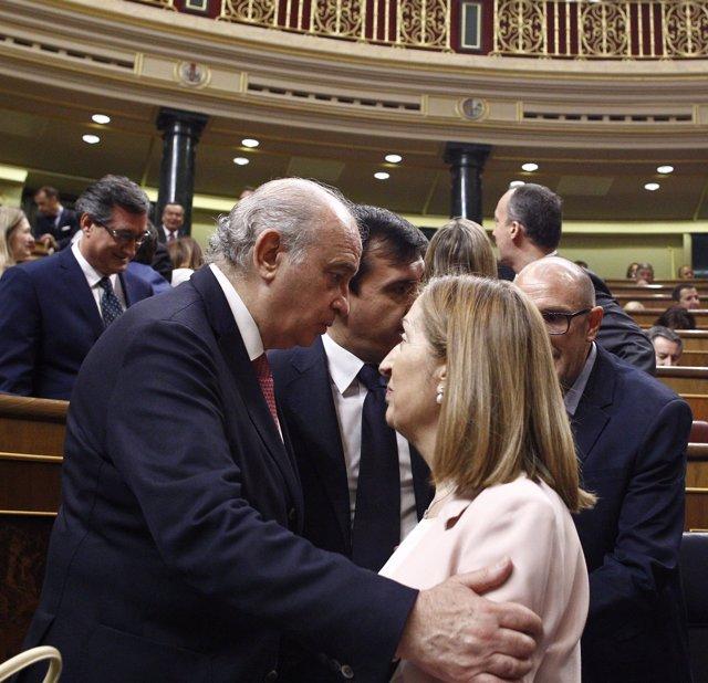 Jorge Fernández Díaz y Ana Pastor en el Congreso