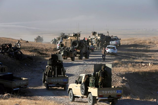 Fuerzas peshmerga participan en la ofensiva para recuperar Mosul