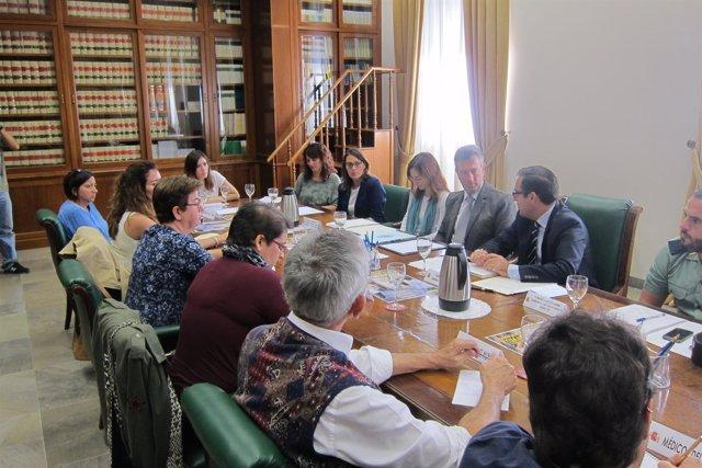 Reunión en la Subdelegación del Gobierno sobre delitos de trata briones
