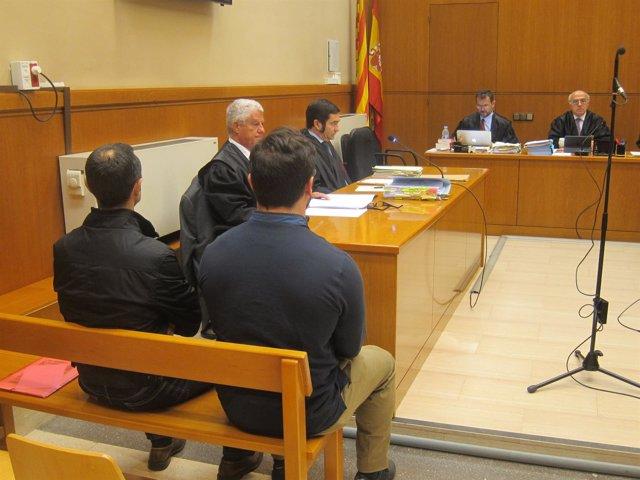 Juicio a dos mossos acusados de agredir a una antifascista un 12-O