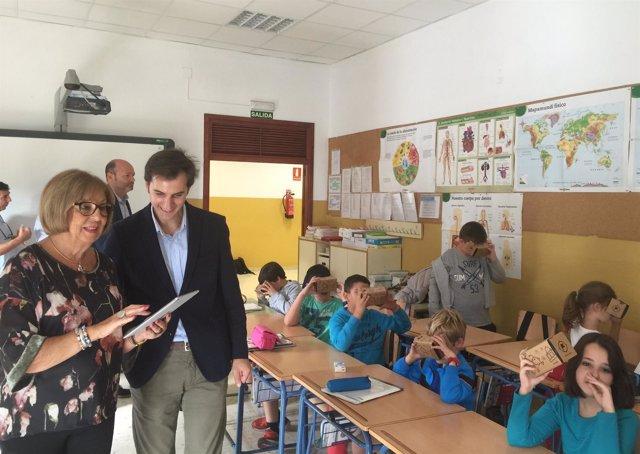Nota Prensa Educación: El Aprendizaje Por Realidad Virtual Llega A Las Aulas ,De