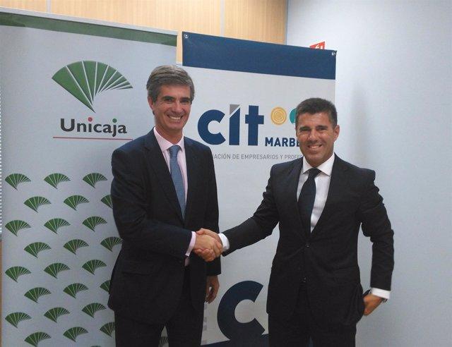 Juan José González y Francisco Jimena en la firma del convenio.
