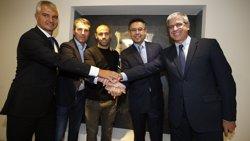 Mascherano firma la seva renovació amb el FC Barcelona fins al 2019 (MIGUEL RUIZ/FCB)