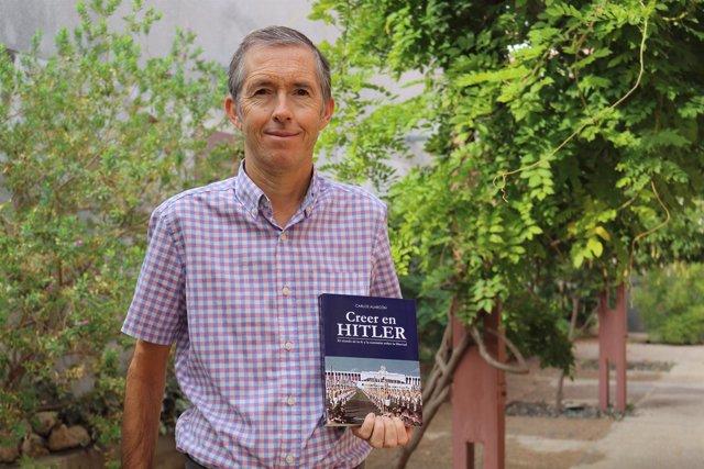 El profesor de la UPO Carlos Alarcón