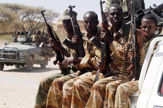Soldados del Ejército Nacional Somalí