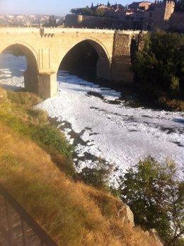 Río Tajo espuma