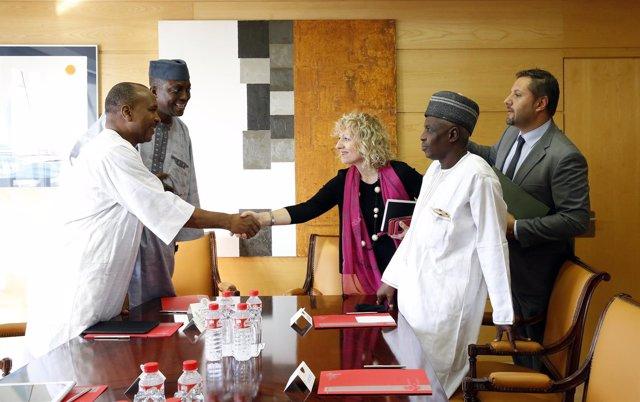 Díaz Tezanos se reúne con la delegación del estado nigeriano de Kano