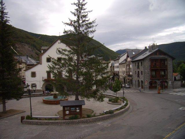 Plaza del Ayuntamiento de Biescas