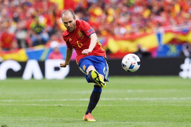 España, Eurocopa, iniesta