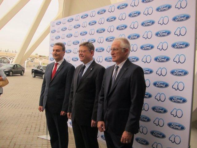 El presidente de Ford, Jesús Alonso junto a Ximo Puig