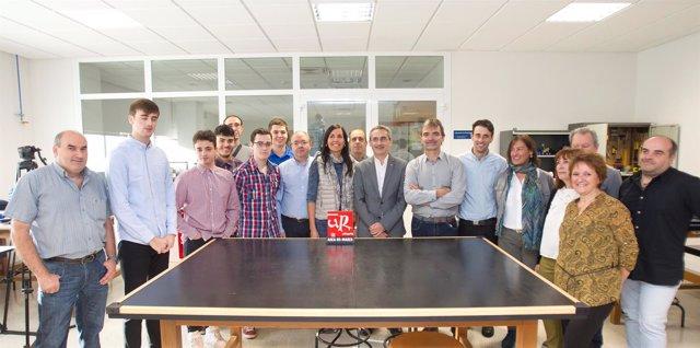Inauguración Espacio UR-Maker con el rector Julio Rubio