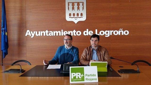Nota De Prensa Y Foto Del Partido Riojano En El Ayuntamiento De Logroño