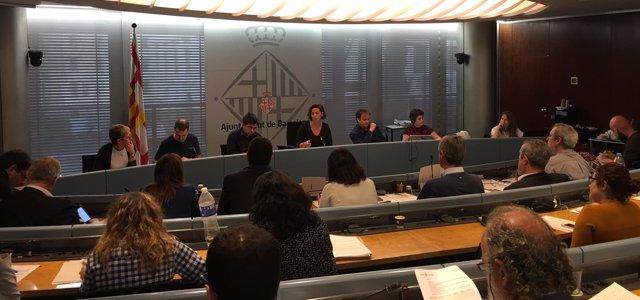 Comisión en el Ayuntamiento de Barcelona