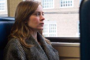 'La chica del tren', 'El contable' con Ben Affleck y la española 'La próxima piel', estrenos de mañana