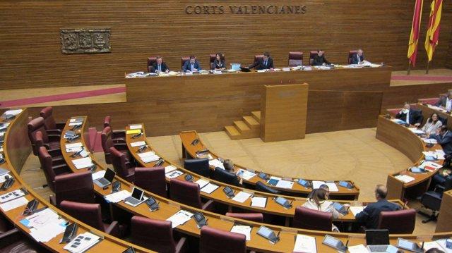 El PP abandona la votación del Consejo rector de la futura RTVV