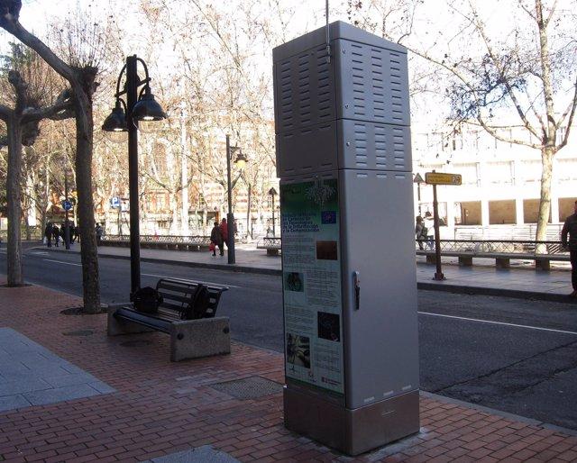 Estación del proyecto piloto de alumbrado en Avenida de la Paz