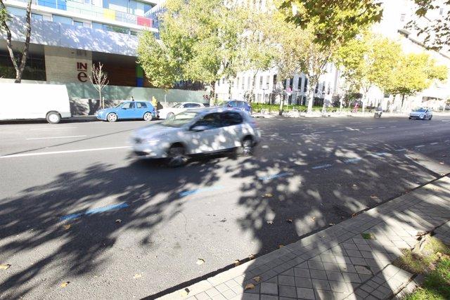 Zona azul sin coches en Madrid tras las restricciones del tráfico