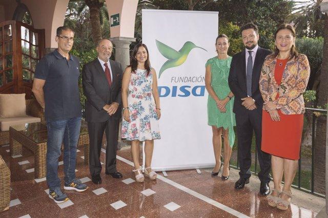 Baroja (Disa) junto a responsables de medios de Canarias