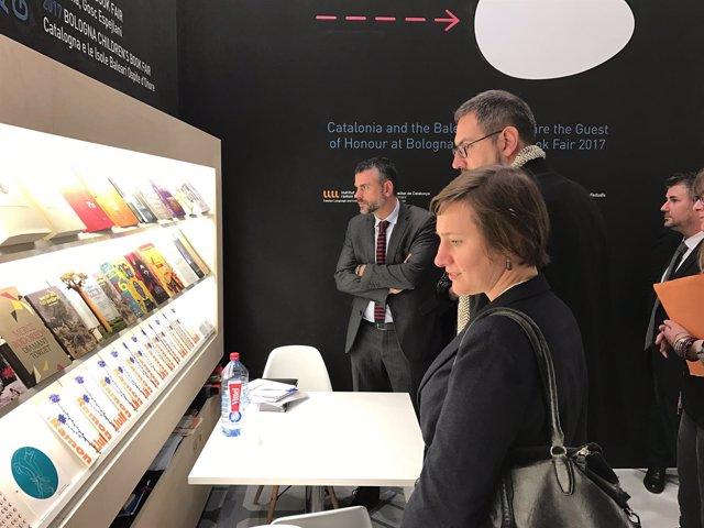 El conseller Santi Vila en la Feria del Libro de Frankfurt