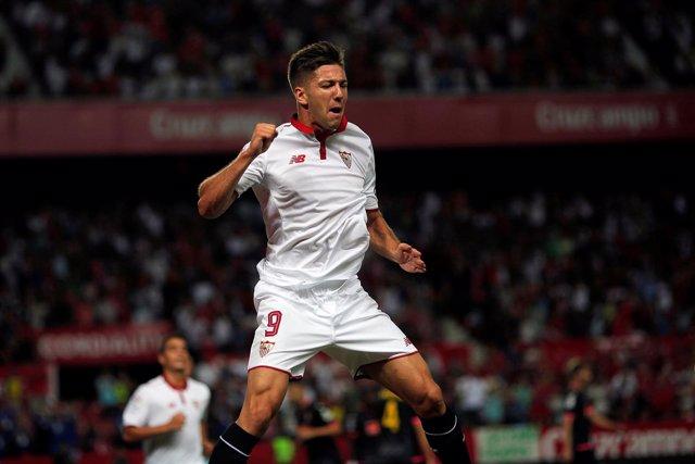 Luciano Vietto, delantero del Sevilla FC