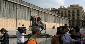 El Ayuntamiento de Barcelona retira del Born la estatua ecuestre de Franco