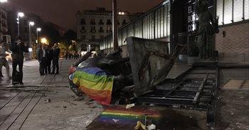 El Ayuntamiento de Barcelona también retirará del Born la estatua 'La...