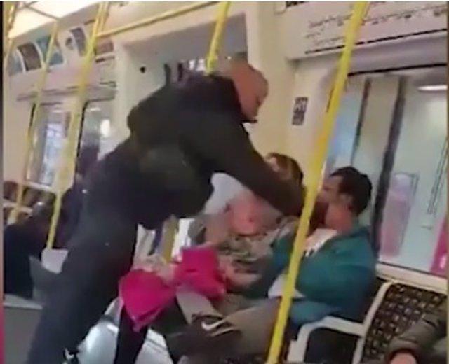 Agresión en el metro de Londres