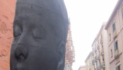 L'escultura 'Carmela' de Jaume Plensa es quedarà a Barcelona